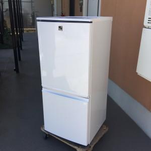 2015年式シャープ冷蔵庫